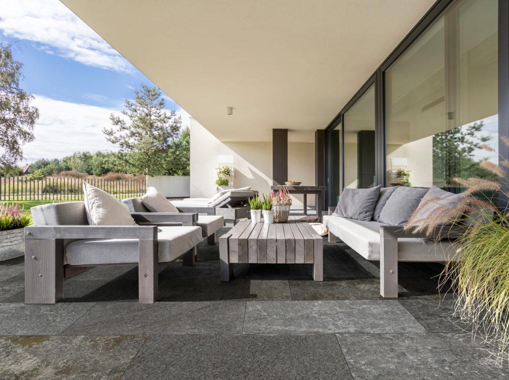 Pavimenti per esterni effetto pietra